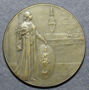 Belgian Art Nouveau medal Jvstitiae invictae trinitati by Mauquoy (ca. 1920)