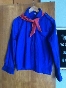 DDR FDJ Hemd  VEB g 82 in blau mit rotem Tuch  entspricht etwa Größe 152/164