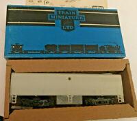 HO scale Train Miniature  FB-1  Dummy  Undecorated locomotive 1150