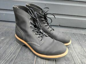 G H Bass & Co Mens Black Laced Boots - UK Size 10