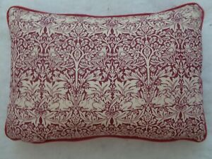 """WILLIAM MORRIS  DESIGN BRER RABBIT OBLONG CUSHION 18X12"""" WITH FEATHER INNER"""