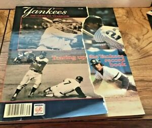 1987 NEW YORK YANKEES OFFICIAL YEARBOOK LOU GEHRIG, DON MATTINGLY, HENDERSON