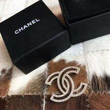 CHANEL Pale Gold Crystal Brooch Pin HOLLOW Design Hallmark