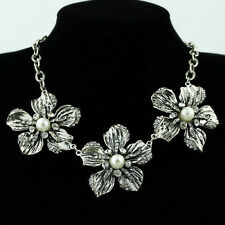 New Pretty Silver Necklace of 3 Pearl and Diamante Flowers