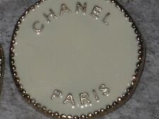 CHANEL  PARIS 1  GOLD  , WINTER WHITE  METAL BUTTON  24  MM NEW