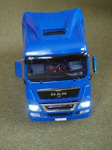 Tamiya 1:14 MAN TGX 18.540 mit zwei Servos + Fahrregler + Licht