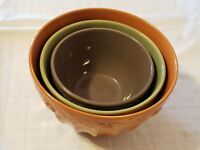 Modern Colorful Nesting Mixing Bowls - lot of (3)
