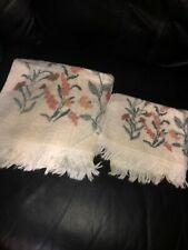 New listing 2 Pc Dundee Multi Color Floral Mid Century- Vintage Usa Bath And Hand Towels