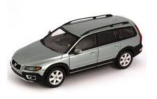 "Volvo XC70 ""Light Green Metallic"" 2000 (Motorart 1:43 / VFL1563)"