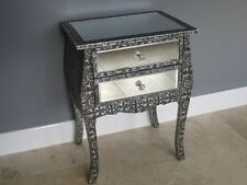 BLACK/SILVER EMBOSSED MIRRORED BEDSIDE CABINET