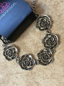 Paparazzi NIP IT IN THE ROSEBUD Silver Bracelet ANTIQUE ROSE CONNECTORS-New