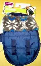 New listing Fletchwear Xx Small Blue with snow flakes Dog Coat with hook and loops
