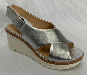 BNIB Clarks Ladies Palm Candid Silver Leather Wedged Sandals