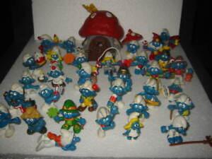 RARE Vintage 32 Smurf figures  Lot & 1 Mushroom House Schleich/Peyo 1970s -80s