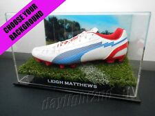 ✺Signed✺ LEIGH MATTHEWS Football Boot PROOF COA Hawthorn Hawks 2017 Guernsey