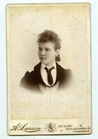 Cabinet Card Photo Young Lady   Minneapolis  MN   LBG1