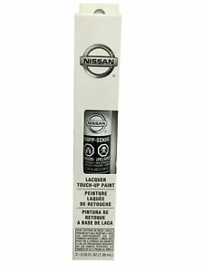 OEM Nissan Touch up Paint Pen .5oz 3-in-1 Applicator (KH3 Super Black) New
