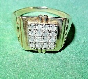 A New Mans Chunky 9ct Gold Diamond Square Cluster Statement Ring, Size Z+