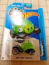 Hot Wheels Angry Birds Minion Pig HW City Faster Than Ever wheels