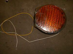 Dialight Yellow Light  120V 16.32A   431-3130-001  NOS  traffic signal