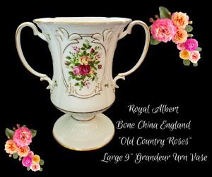 "ROYAL ALBERT Bone China England OLD COUNTRY ROSES-LARGE 9"" GRANDEUR URN VASE"