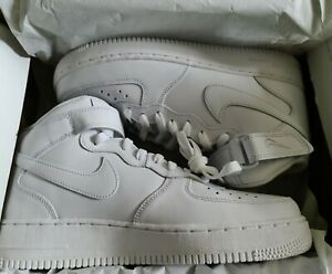 NIKE AIR FORCE 1, 07, UK MENS SIZE 9, WHITE BOOT TRAINER . NEW AND BOXED