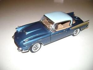 Danbury Mint 1958 58 Packard Hawk Blue Gold Model Car 1/24 scale