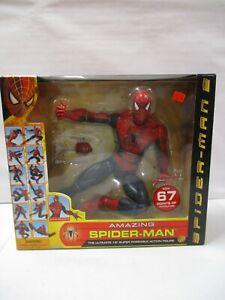 2004 Toy Biz Spiderman 2 Amazing Spiderman 18 Inch Poseable Action Figure