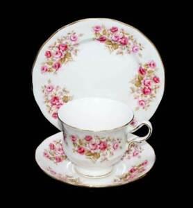 Vintage Queen Anne ENGLAND Rose Garden pretty pink roses teacup trio set