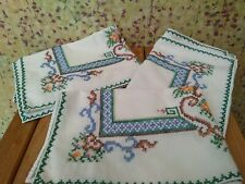 More details for 3 x large vintage cotton napkins / tray cloths / table mats - hand embroidered