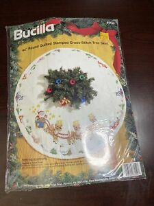 New Bucilla Over The Rooftops Cross Stitch Kit Christmas Tree Santa Skirt 83152
