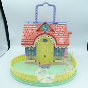 Vintage 1994 Bluebird Toys Lucy Locket Travel Dream House Cottage Fold Out Toy