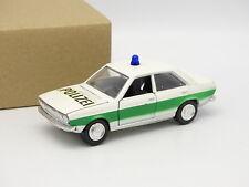 Schuco SB 1/43 - Audi 80 Polizei