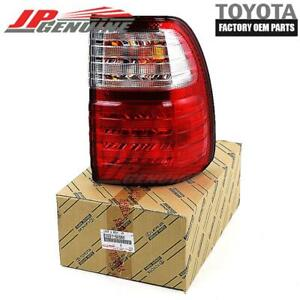 GENUINE LEXUS 98-06 LX470 OEM (RH) OUTER COMBINATION TAIL LIGHT LAMP 81551-60590