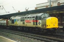 PHOTO  1994 DONCASTER A CLASS 37 GOING INTO TRAINING TO BE A MOBILE CHESS-BOARD?