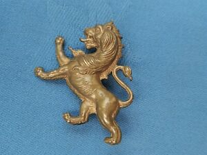 The Wellington College Salop Officer Training Corp cap badge.