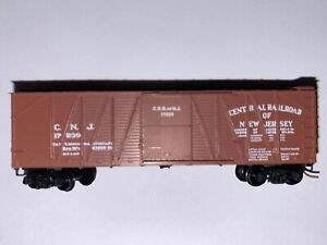 N Scale - Kadee - Jersey Central 40' Outside Braced Wood Boxcar #17239 N1215