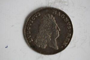 Jeton argent Louis XV LUDOVICUS MAGNUS REX LATE CUNCTA PROFUNDIT (32723)