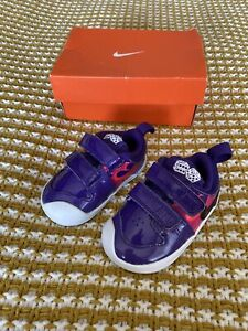 Baby Girl NIKE Trainers Size 3.5