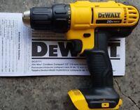 Dewalt DCD771 DCD771B 20V MAX Cordless Lithium-Ion 1/2 Inch Compact Drill Driver