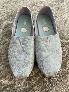 Tom's Women's Slip-On Shoes - Seashell Lavender Blue Mermazing Print, Women 7.5