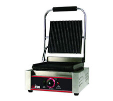 Winco EPG-1 Electric Countertop Single Italian Style Panini Grill 14x9