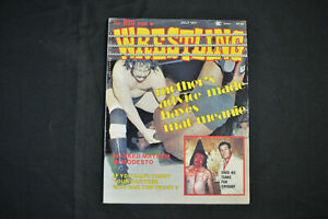 THE BIG BOOK OF WRESTLING - JULY 1977 - CRYBABY EDWARDS COVER! (F-VF)