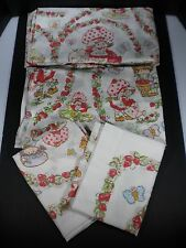 VINTAGE 1980 STRAWBERRY SHORTCAKE FITTED & FLAT TWIN SHEET SET & 2 PILLOW CASES!