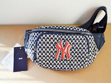 MLB korea Monogram hip-color New York Yankees waist bag UNISEX Navy Blue