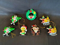 Lot Of 7 2000 Warner Bros Marvin & K-9 Collectible Plastic Christmas Ornaments