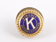 K KIWANIS INTERNATIONAL LEAVENS  PIN 5822