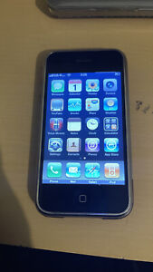 Apple iPhone 2g 1 st Generation 8Gb Good Condition