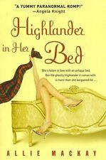Highlander in Her Bed [Hardcover]