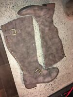 Womens Maurices Tracy Style Brown Faux Suede Leather Knee High Boots size 7.5